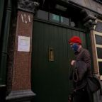 Ireland delays reopening of Dublin bars as COVID-19 case numbers climb