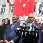 Turkey extends troop deployment mandate, pressures Iraqi Kurds on vote