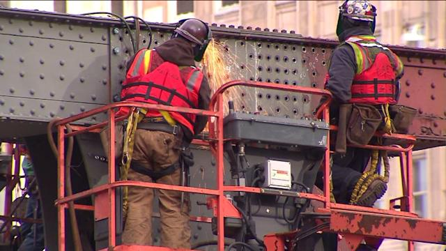 Wells Street Bridge closes for 2nd time Friday night