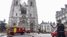 Cathédrale de Nantes: enquête ouverte pour incendie volontaire, trois départs de feu constatés