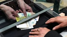 Kunden gehen in Corona-Krise seltener zur Bankfiliale