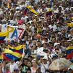 Thousands flock to Venezuela aid concert on barricaded border