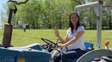 Jennifer Garner Rings in Fall with a Tractor Ride: 'So You Think You Can Farm'