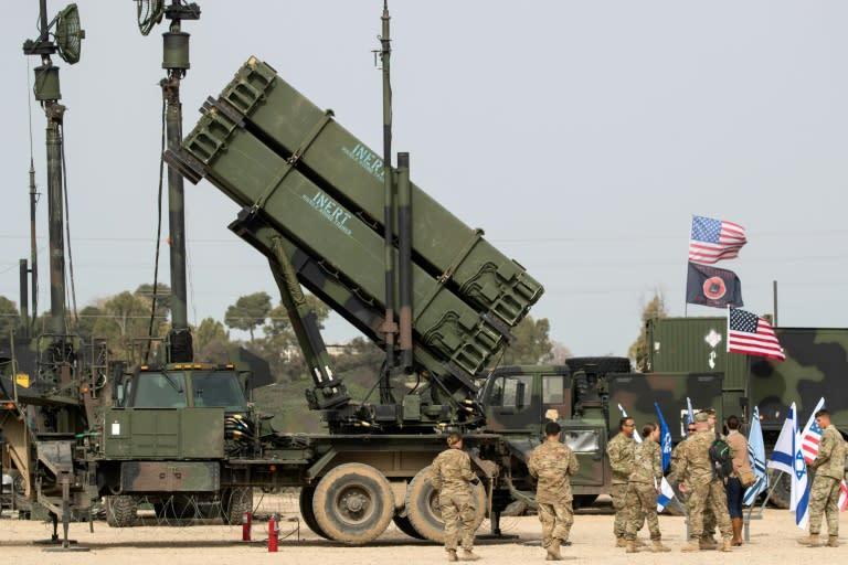 """Résultat de recherche d'images pour """"Poland buys US Patriot anti-missile system for $4.8 bn"""""""