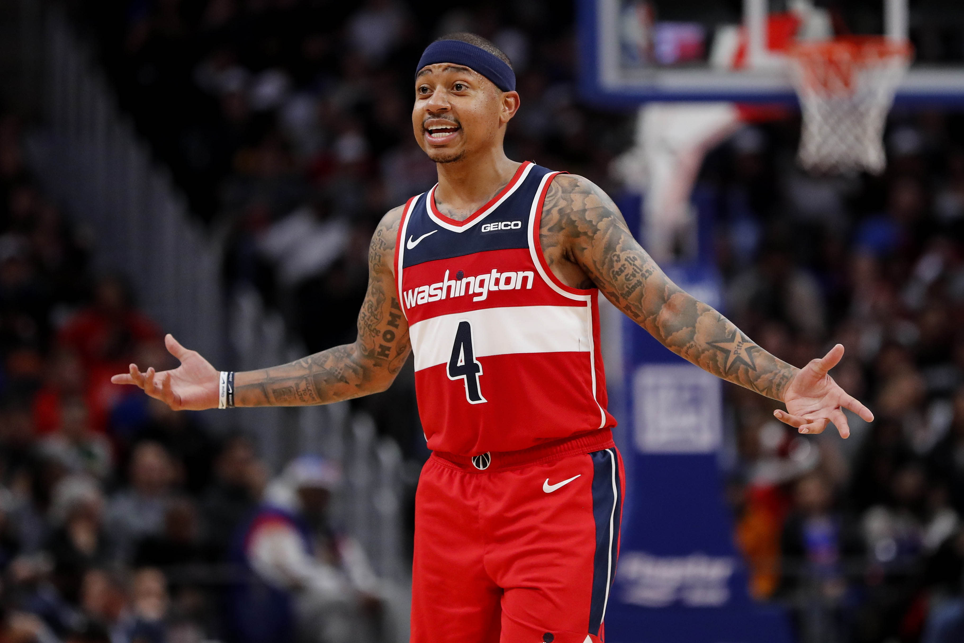 Wizards' Isaiah Thomas ejected for going into stands