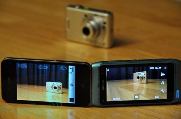 Nokia N8 vs. iPhone 4: camera showdown