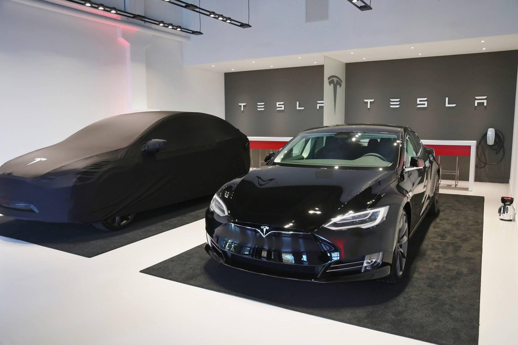 Tesla update: Disney+ streaming, car wash mode, and mirror auto dim