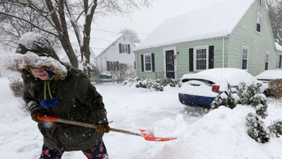 Snow Slams Northeast After Pounding Midwest