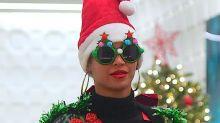 Die scheußlichsten Weihnachtsoutfits der Stars