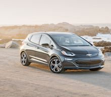 GM Will Build and Test Thousands of Autonomous Bolts Starting in 2018