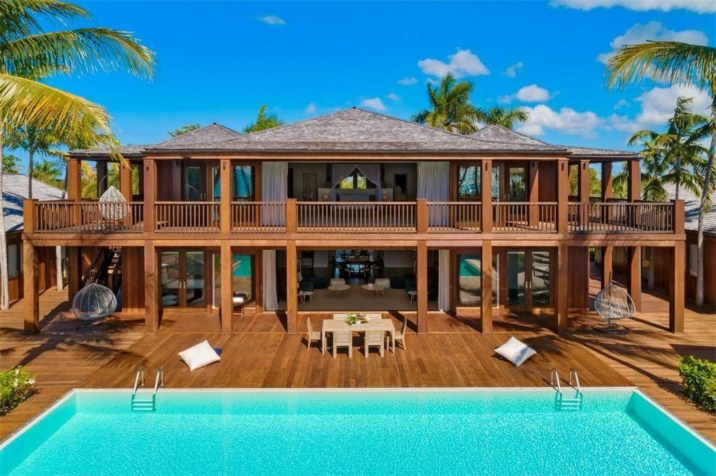 GALLERY: Bruce Willis' $46 million island estate just went on sale