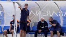 Gracia confirma que puso su cargo a disposición, pero que sigue en el Valencia