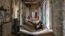 Photographer documents abandonedasylums and psychiatric hospitals