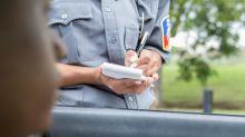 Good News des Tages: Polizei verteilt wegen kaputter Scheinwerfer Gutscheine statt Strafzettel