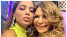 Elba Ramalho posta foto com Anitta e é criticada por fãs