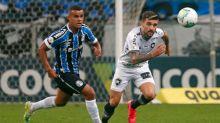 Victor Luís lamenta postura do Botafogo com um jogador a mais: 'Faltou a gente concluir melhor'
