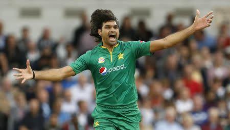 England v Pakistan - Fourth One Day International