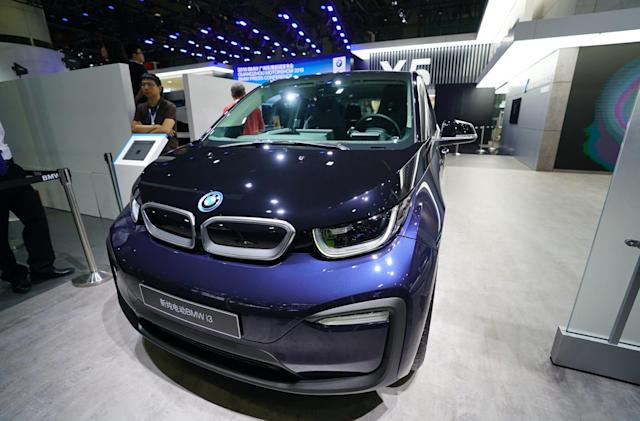 BMW will be the first foreign car maker to offer ride-hailing in China