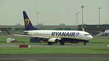 Ryanair pilots take pay cut to avoid job losses
