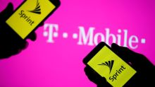 Sprint, T-Mobile plan to file deal application to FCC on Monday