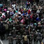 Guatemala ups pressure on U.S.-bound migrant caravan