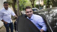 Flávio Bolsonaro diz que vai prestar depoimento sobre vazamento de operação