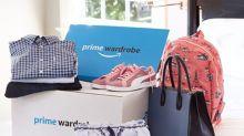 Con el servicio Amazon Wardrobe, puedes medirte la ropa que quieras en casa
