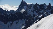 Haute-Savoie: Chute mortelle pour un alpiniste en pleine descente du Mont-Blanc avec son fils