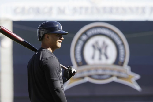 Gleyber Torres is the No. 2 prospect in baseball, but he's now out until 2018. (AP)