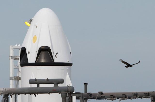 SpaceX completes crucial tests of its Crew Dragon parachutes