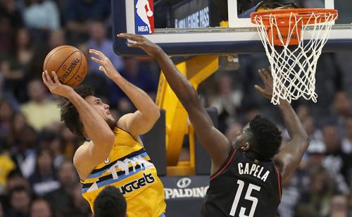 Na NBA, revanche dos Nuggets para cima dos Rockets paga quatro vezes mais