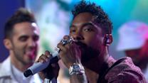 Miguel Performs His Latest Single 'Coffee' Live in Times Square!