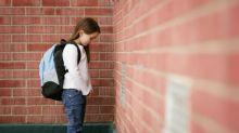 Body-Shaming an der Schule: Neunjährige wird wegen ihrer Kleidung aus der Klasse geworfen