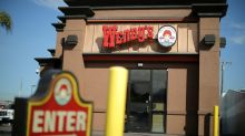 Wendy's higher priced burgers, franchisee fee boost quarterly results