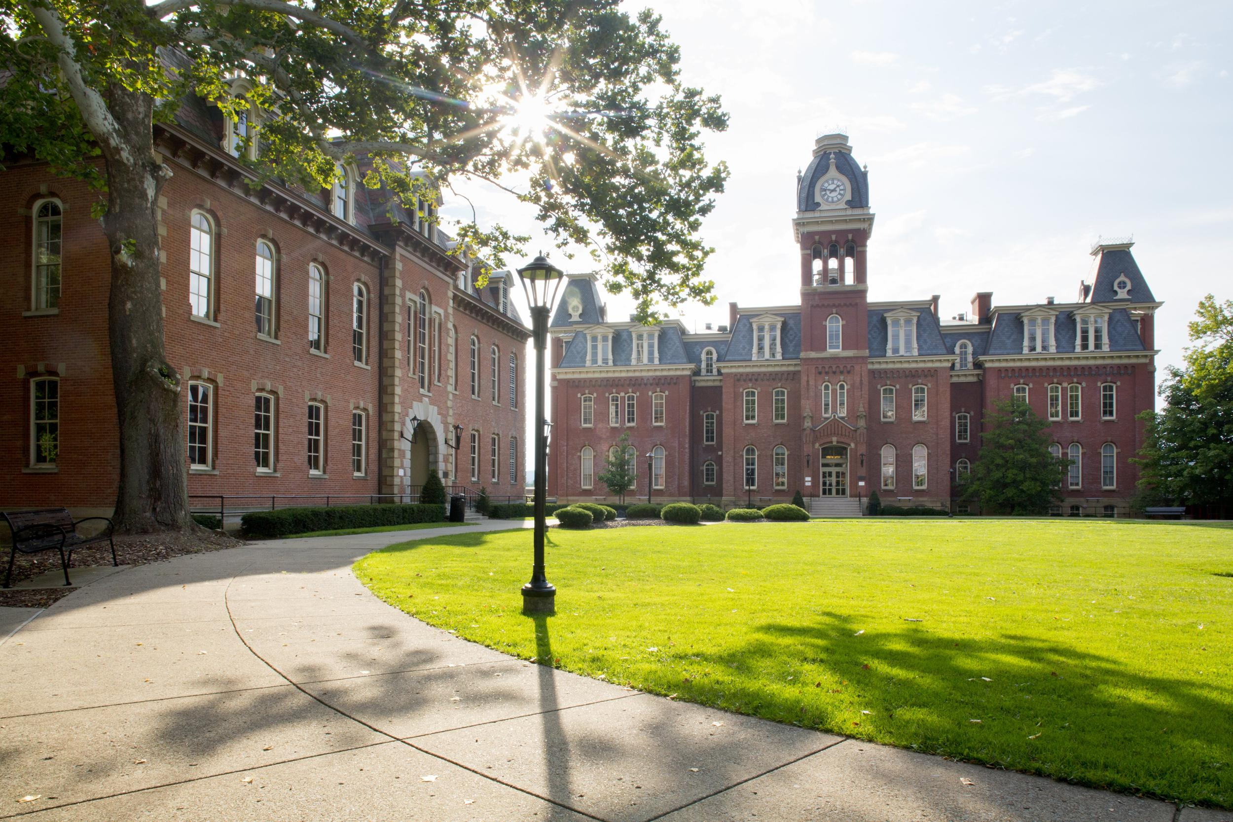 West Virginia University suspending in-person undergrad classes amid COVID-19 spike