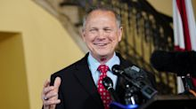 """News on the Move: Trump says Roy Moore can't win, """"Text Neck"""" and more"""