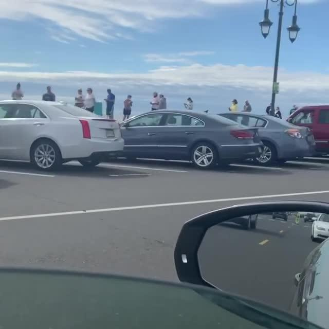 People Line Up For Passes As New Jersey Beaches Set To
