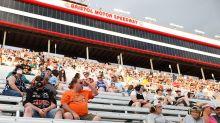 Corona-Hotspot USA: Tausende Zuschauer bei NASCAR-Rennen