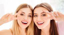 Anti-âge : ce massage de yoga facial lisse les rides naturellement à la maison