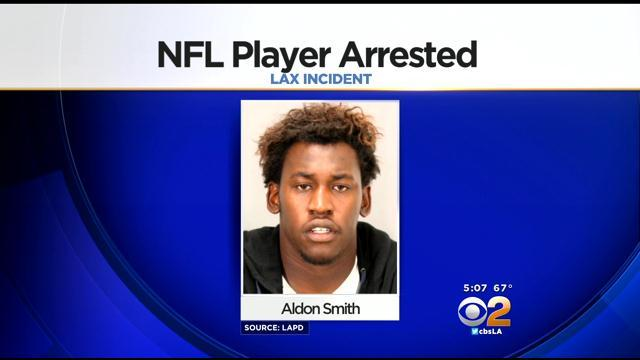 49ers LB Aldon Smith Arrested At LAX For Belligerence, Alleged Bomb Threat