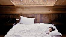 LA QUESTION SEXO - Pourquoi certaines personnes préfèrent-elles dormir seules ?