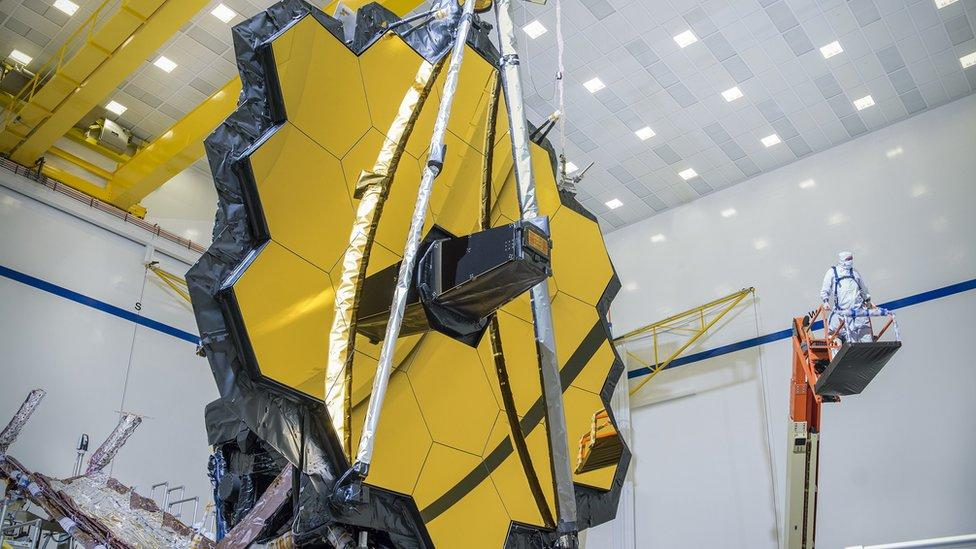 James Webb Space Telescope's golden mirror in final test – Yahoo News Australia