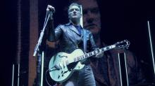Josh Homme kicks female photographer in the head at KROQ Acoustic Christmas