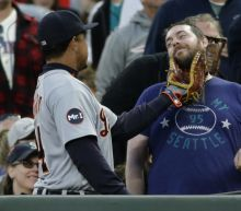 Miguel Cabrera has a beard-tickling encounter with a fan