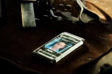 Screen Grabs: futuristic Nokia smartphone answers the product placement call in Real Steel