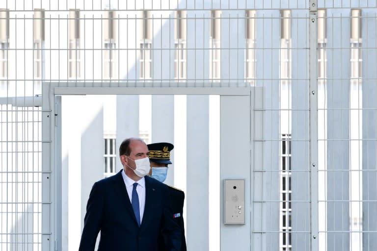 """Prison: """"Refuser l'angélisme"""" autant que le """"tout-répressif"""", prône Castex"""