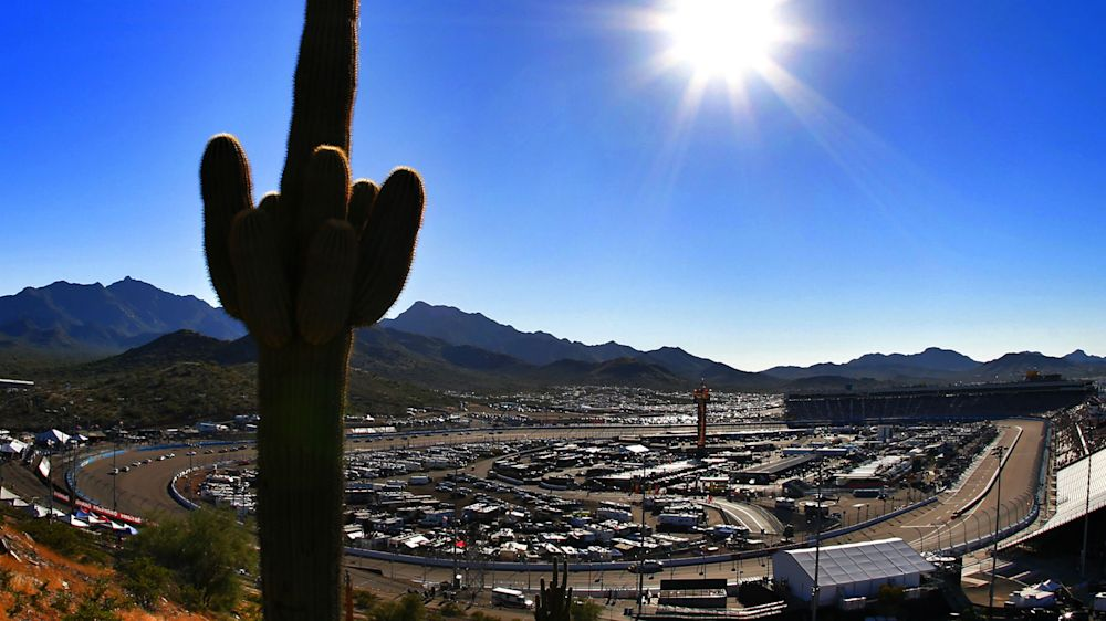 NASCAR at Phoenix: Playoff standings, clinch scenarios, TV schedule, qualifying drivers