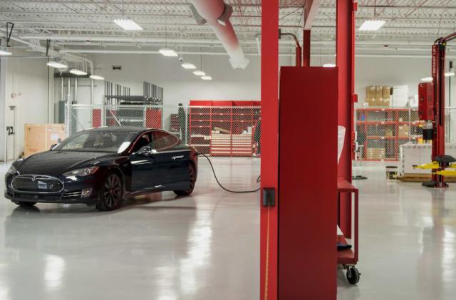 Consumer Reports drops its Tesla Model S recommendation
