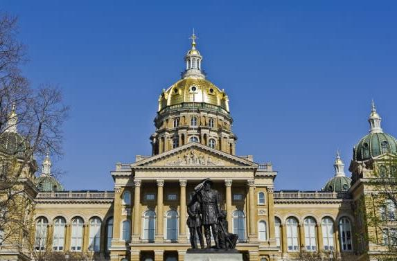 Iowa wants to make driver's license apps for smartphones
