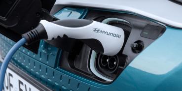召回無效?現代 Kona EV 電動車再度發生起火事件,韓國政府介入調查